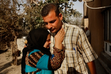 Going home in Iraq: Tearful reunions and a touch of fear