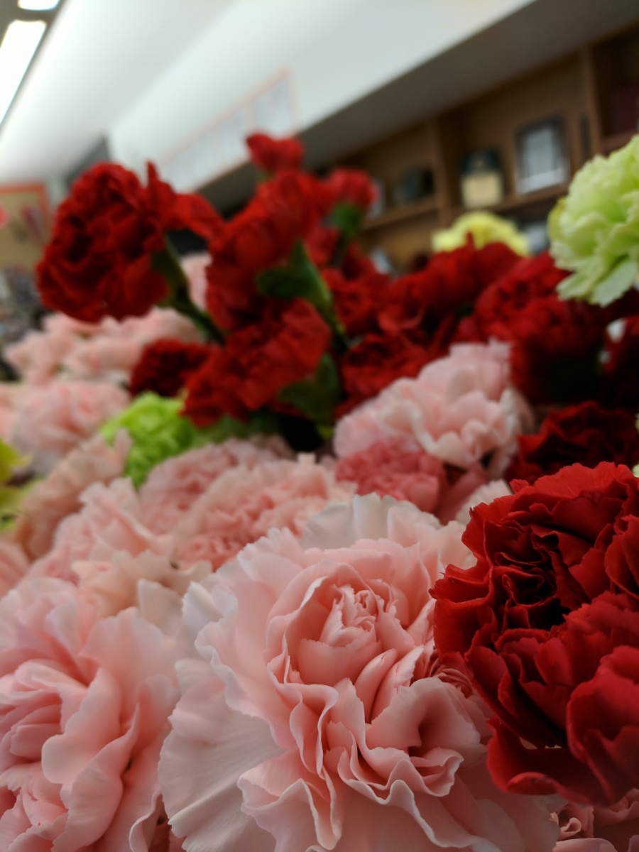 Sweetest Day Flower Sale