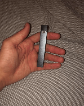 holding-a-juul.png