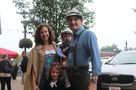 mcilvaine-family-dresses-up