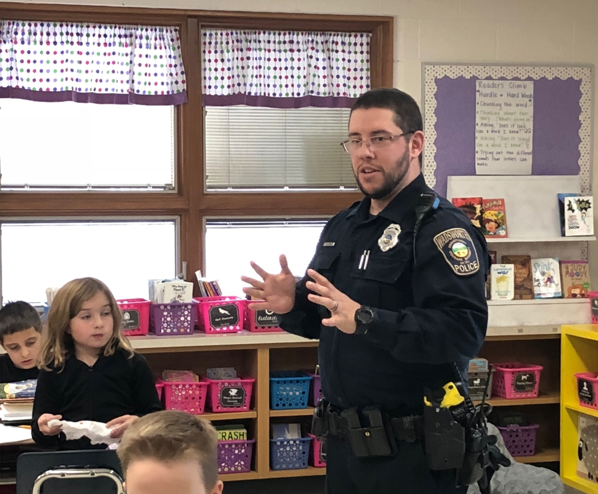 Wadsworth City School District welcomes new resource officer